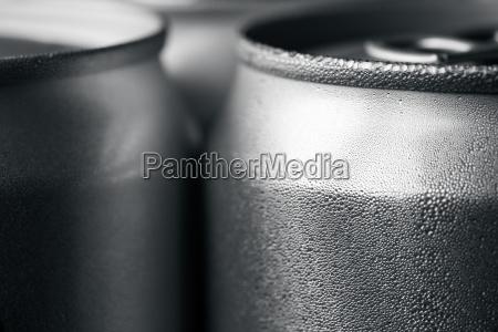 wet aluminum soda