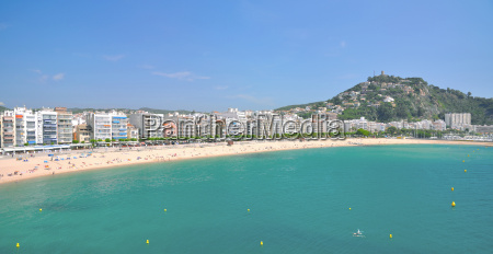 beach resort blanes on the costa