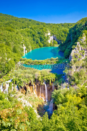 beautiful falling lakes of plitvice national