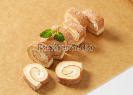 slices of sponge cake roll with