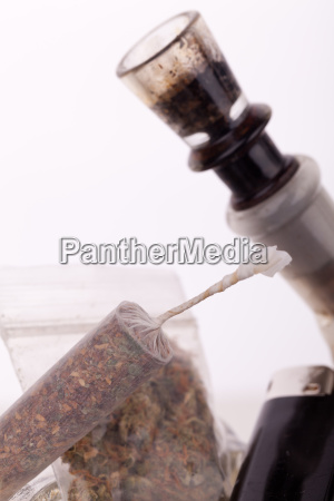 cannabis marijuana with water pfeifer and