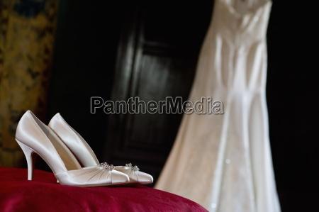 white satin high heeled wedding shoes