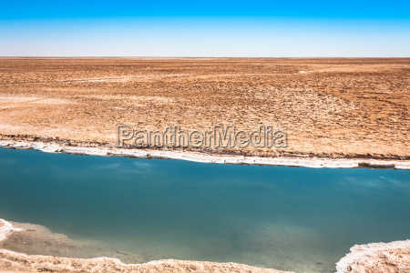 chott el djerid salt lake in
