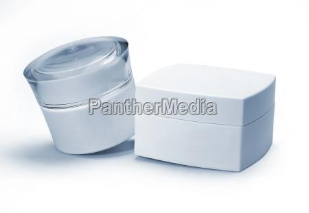 plastic cosmetics packaging