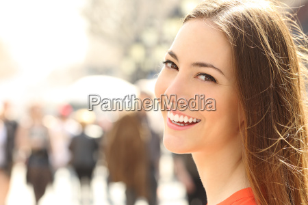woman face smile with perfect teeth