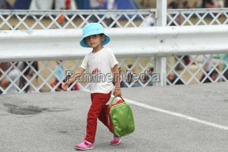 syrian refugee child in serbia
