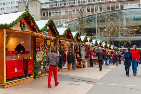christmas market in montparnasse paris
