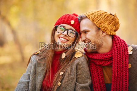 couple in leaf fall