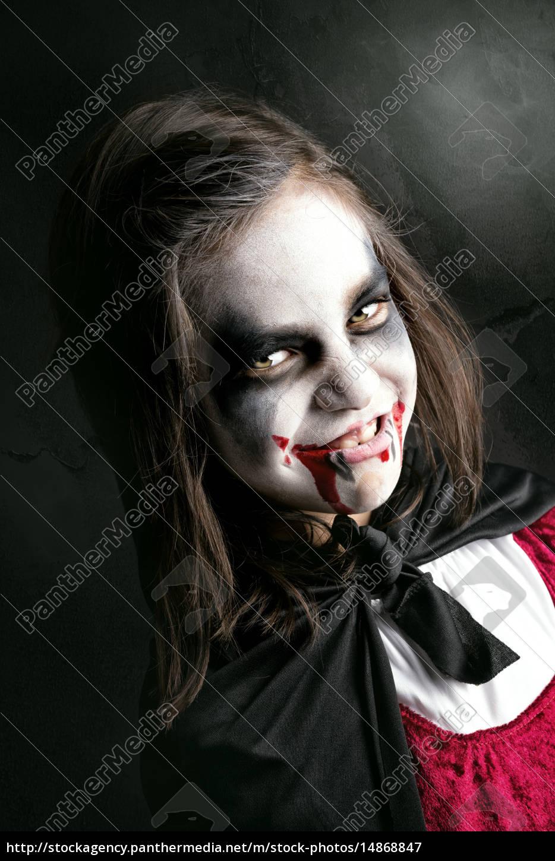 Girl In Halloween Vampire Costume Stock Photo 14868847 Panthermedia Stock Agency