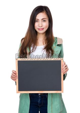 woman, show, with, blackboard - 14932651