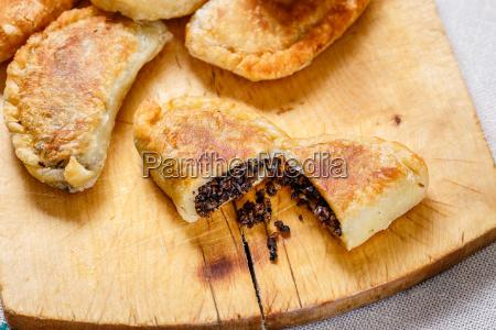 empanadas, (pirozhki) - 14939083