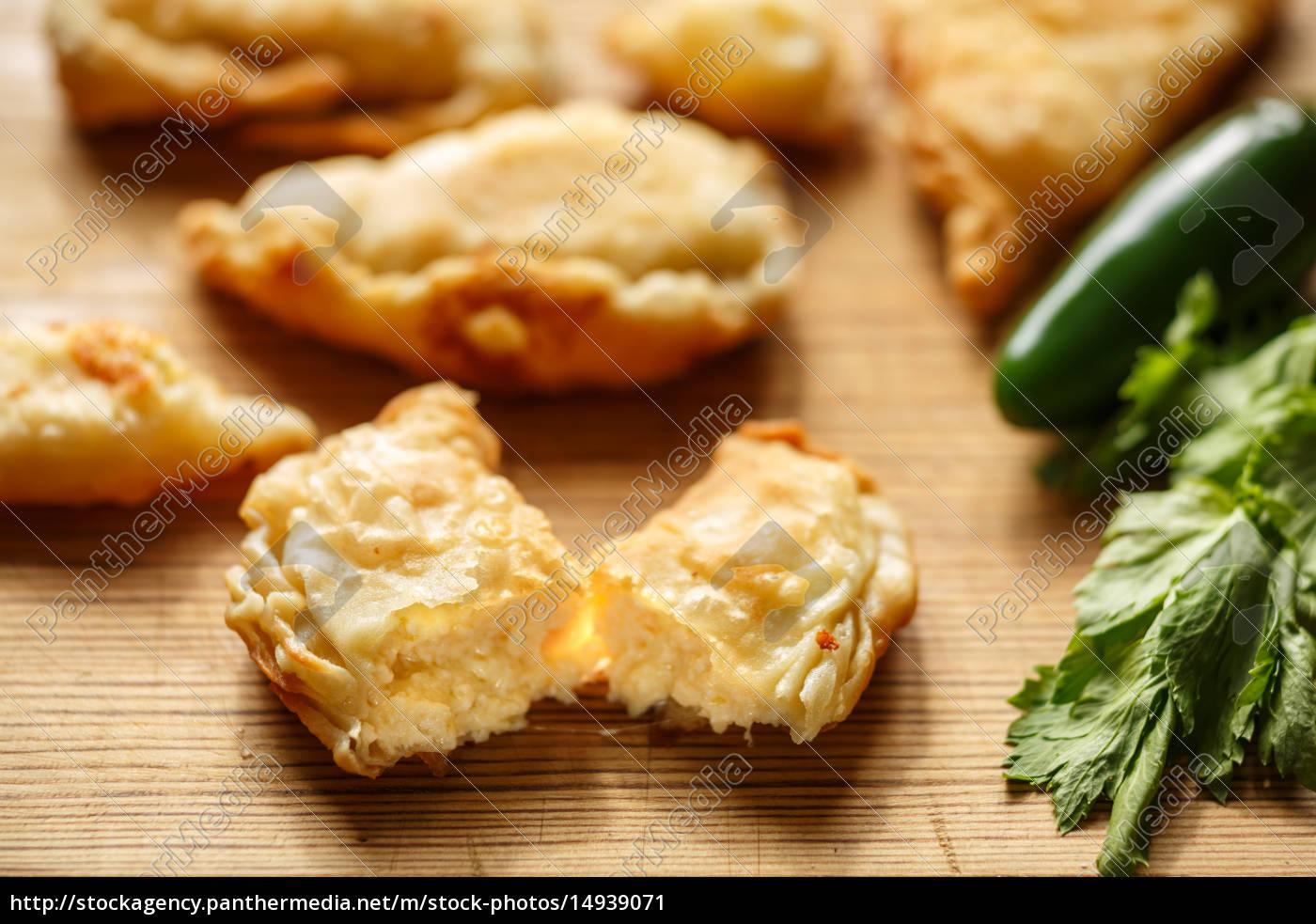phyllo, cheese, patties - 14939071