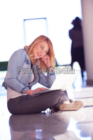 student, girl, with, laptop, computer - 14940365