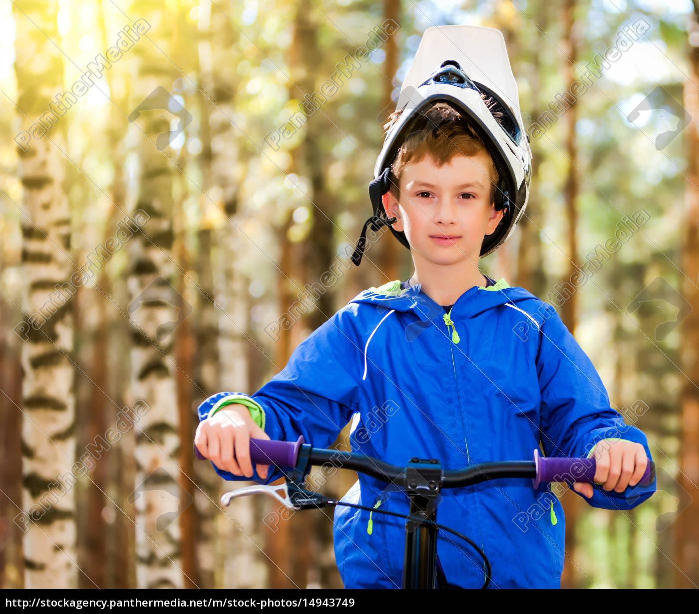 boy, biking - 14943749