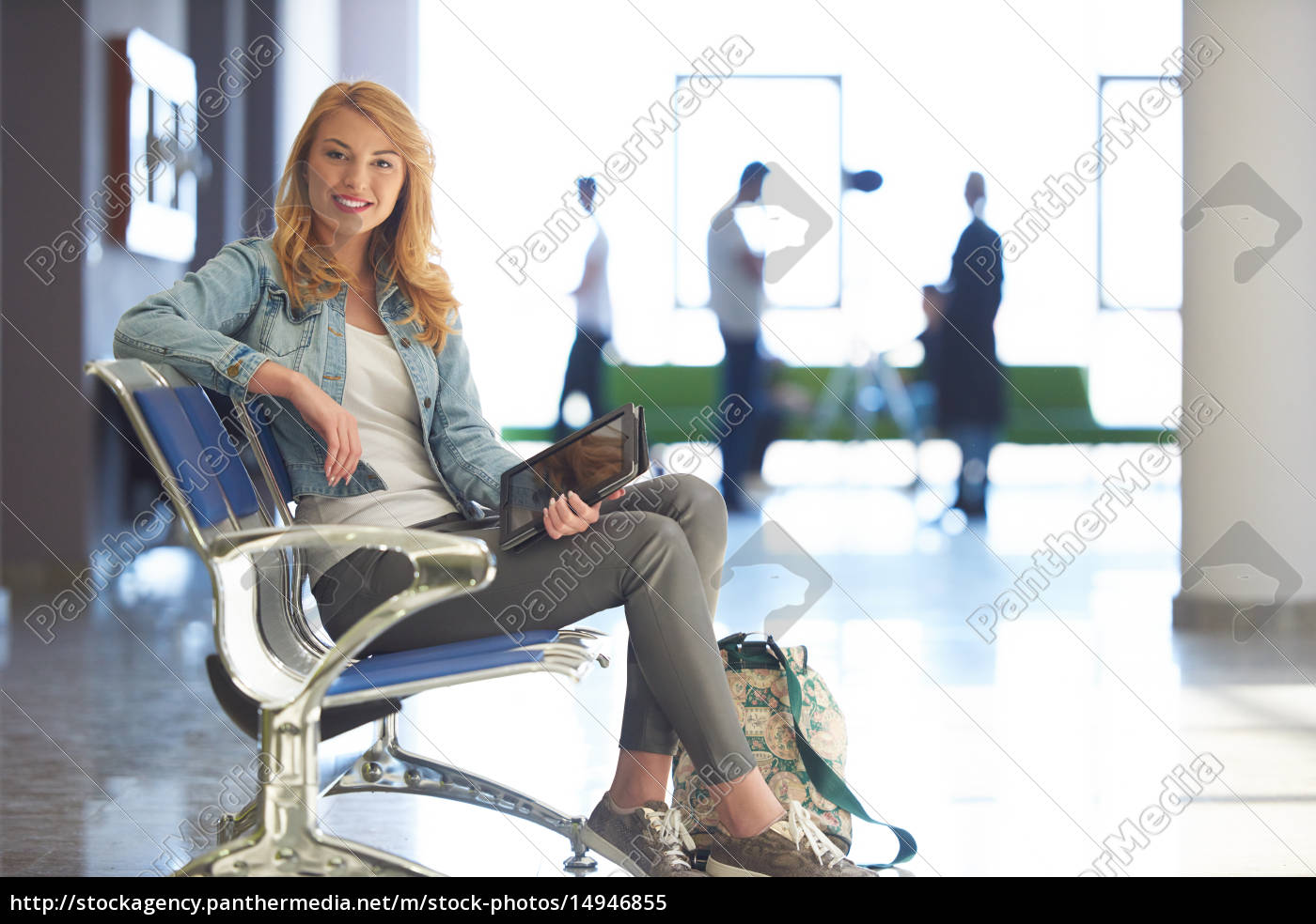 student, girl, with, laptop, computer - 14946855