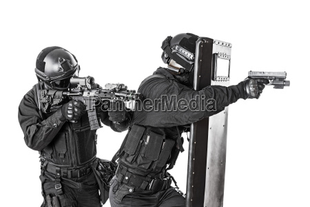 swat, officers, , with, ballistic, shield - 14947547