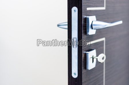 modern contemporary satin handle and keyhole