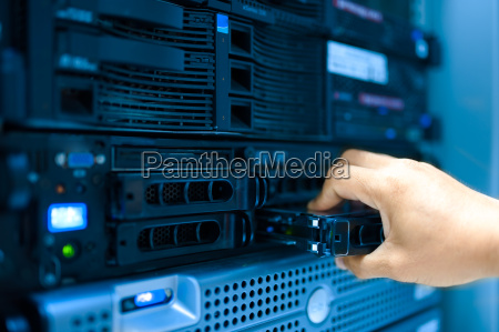 man fix server network in data