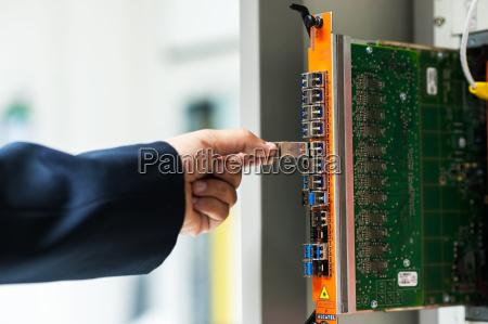 fix, network, switch, in, data, center - 14949461