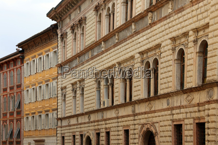 palazzo tabarelli in via paolo oss