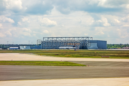 lufthansa technik hangar