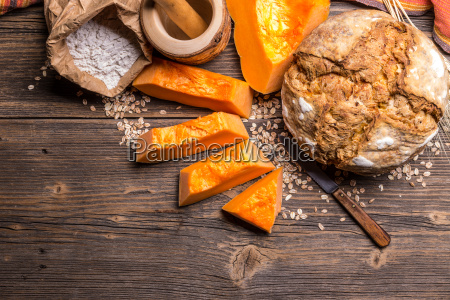 bread with pumpkin