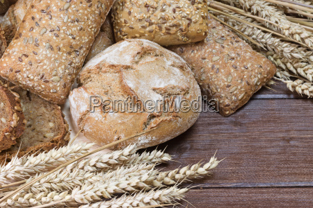 wholemeal bread loaf of bread and