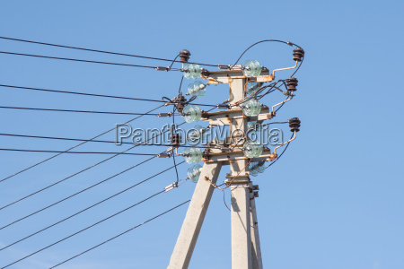 pillar power line installed thereon isolated