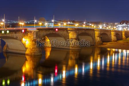 augustus bridge elba at night dresden