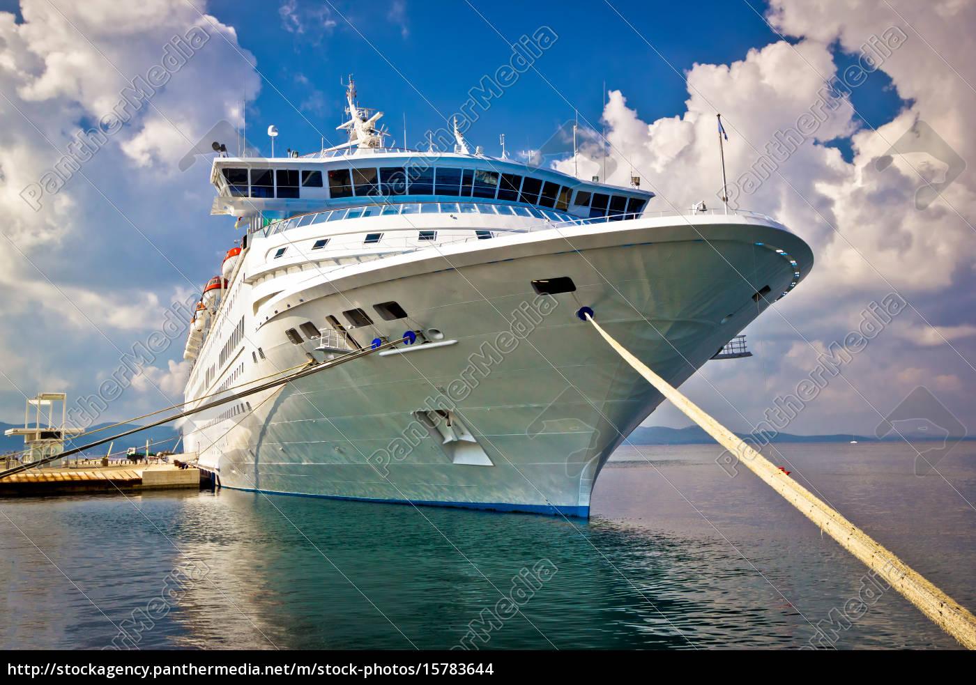 big, docked, cruise, ship, view - 15783644