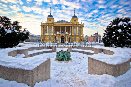 croatian, national, theater, in, zagreb, winter - 15783662