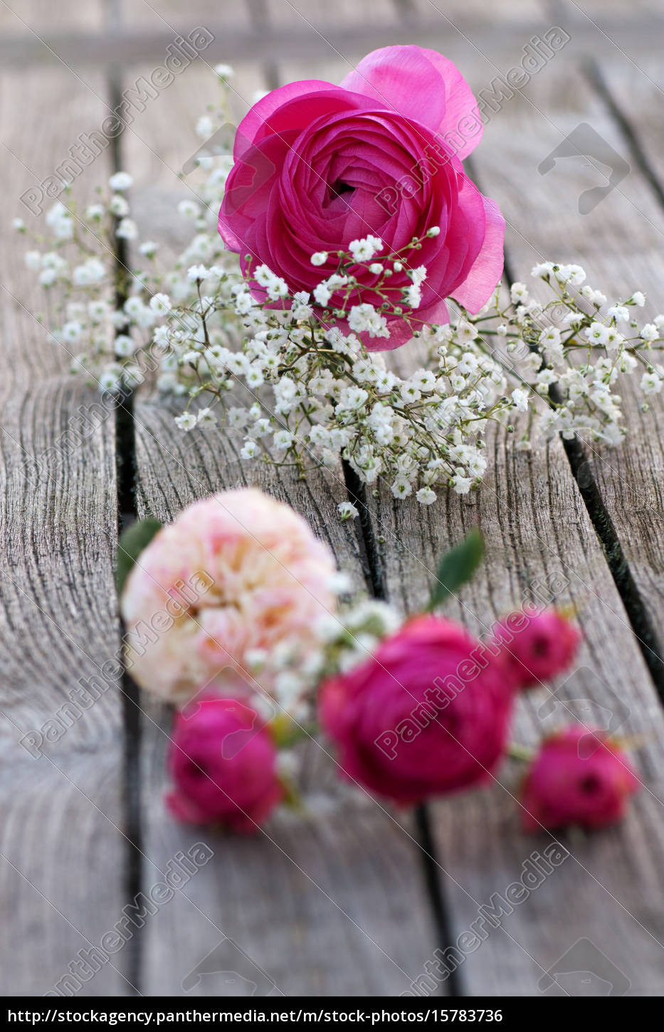 romantic, bouquet, with, pink, roses - 15783736