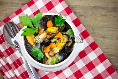 boiled, mussels - 15784800