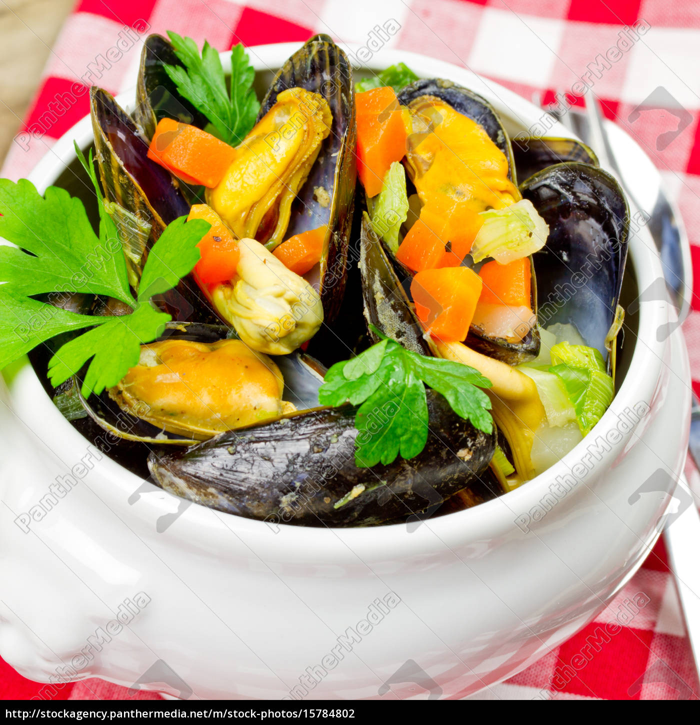 boiled, mussels - 15784802