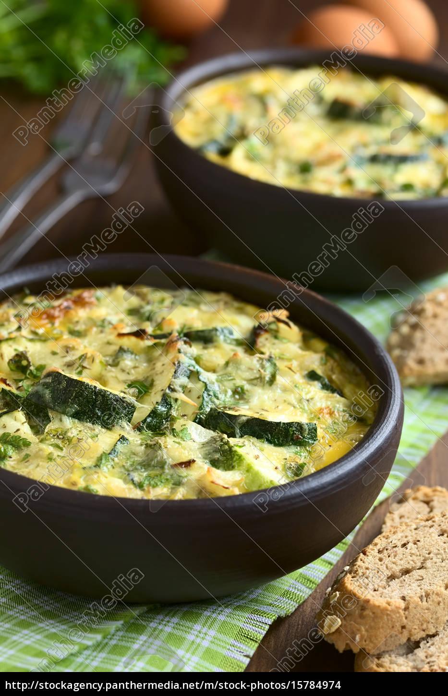 zucchini, frittata - 15784974