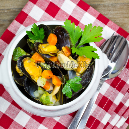 boiled, mussels - 15785266