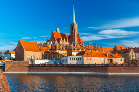 cathedral, island, in, the, morning, , wroclaw, - 15785674