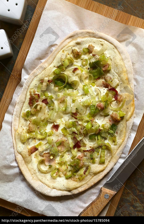 leek, and, bacon, tarte, flambee - 15785094