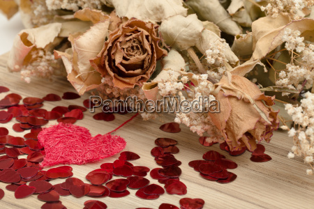 bouquet, of, dried, roses, and, red - 15788626