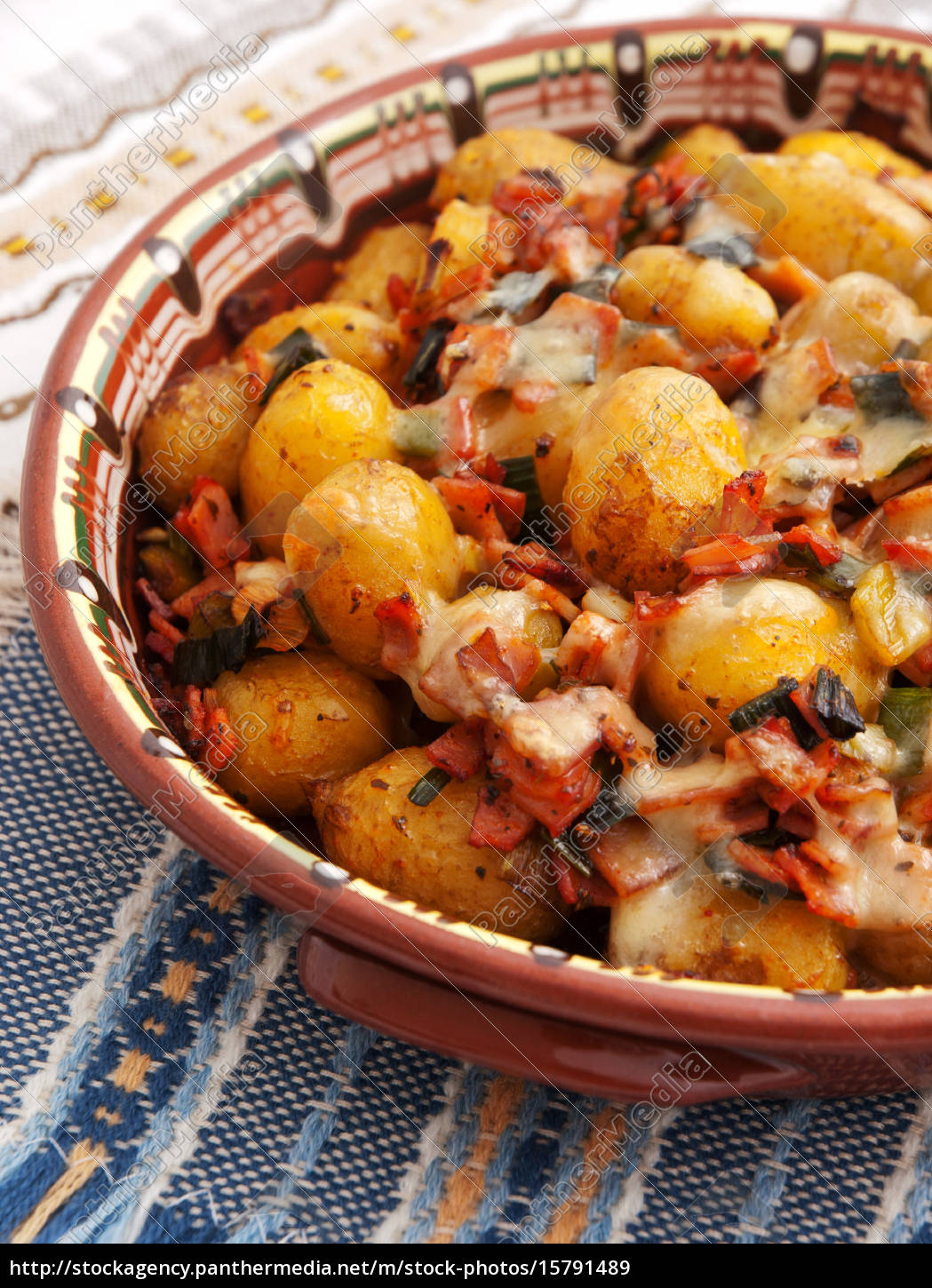 baked, potatoes, with, ham, and, cheese, baked - 15791489