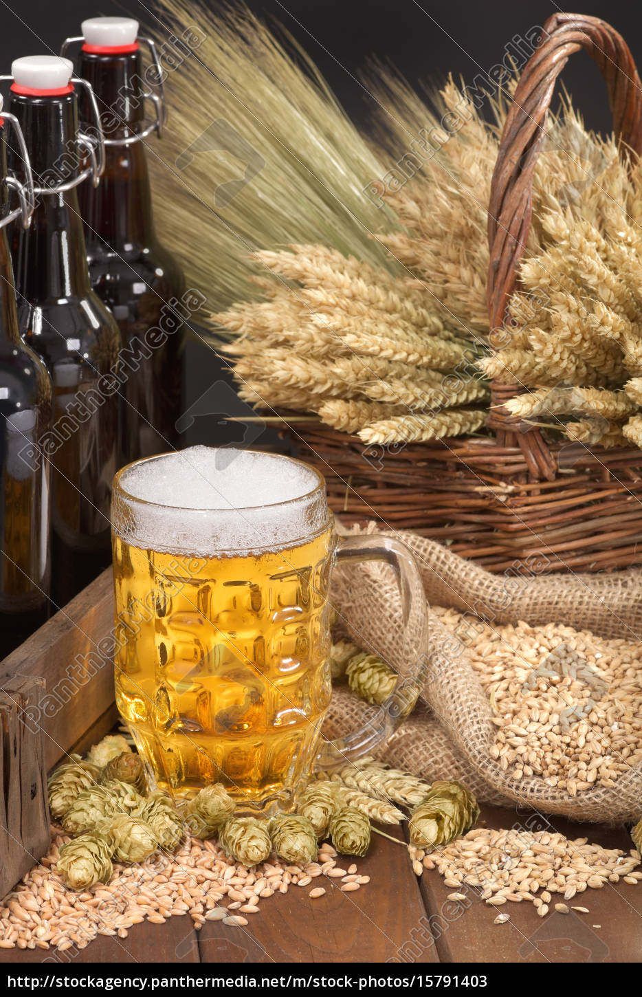 beer, box, with, beer, glass - 15791403