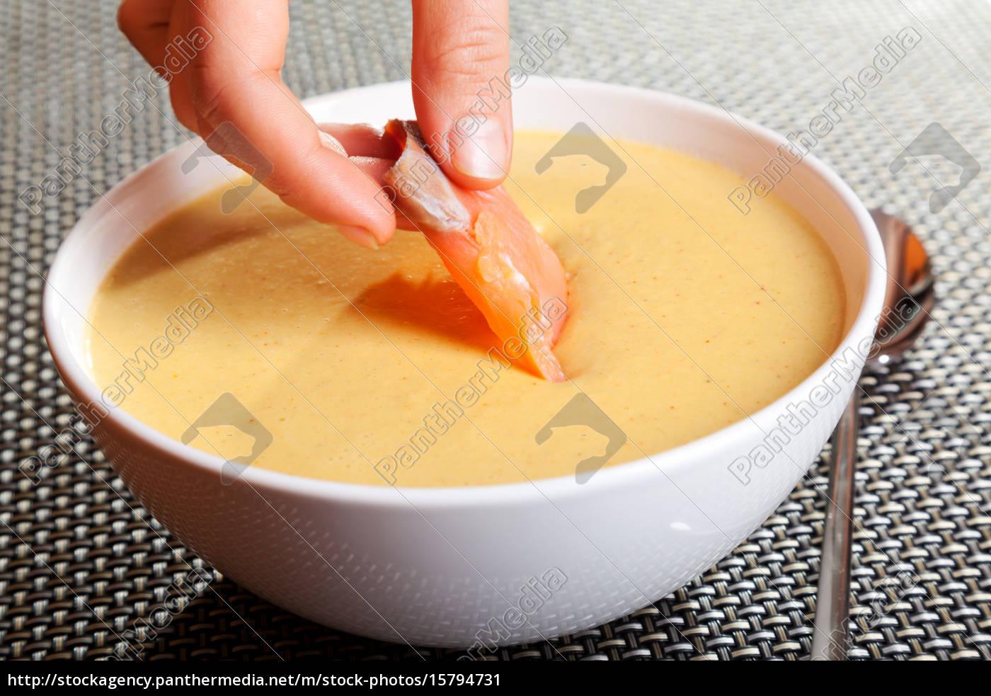 avocado, cream, soup, with, smoked, salmon, avocado - 15794731