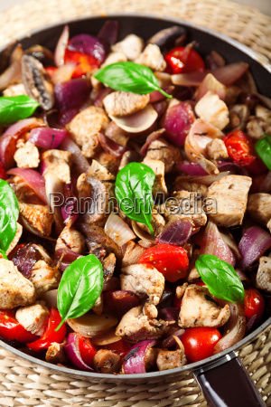 chicken, with, onion, and, cherry, tomatos, chicken - 15794531