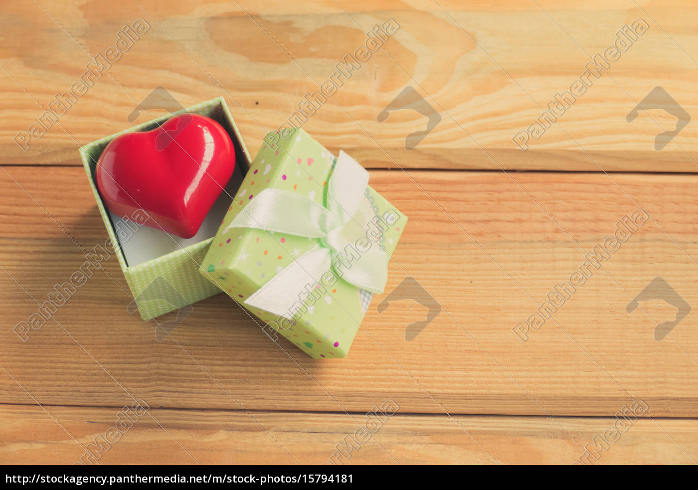 gift, of, love., hearty, gift., a - 15794181