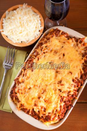 macaroni, bolognese, macaroni, bolognese, macaroni, bolognese, macaroni, bolognese - 15794625