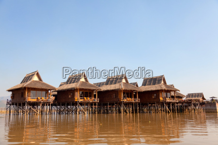 deluxe hotel on inle lake myanmar