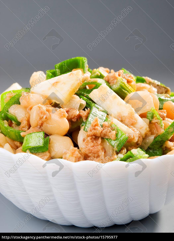 beans, salad, beans, salad, beans, salad, beans, salad, beans, salad, beans - 15795977