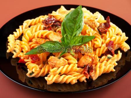 fusilli, with, chicken, and, dried, tomatoes, fusilli - 15795985