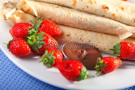 pancakes, with, chocolate, and, strawberries, pancakes, with - 15795479