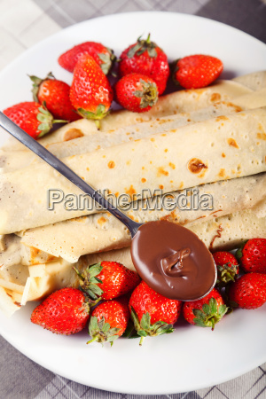 pancakes, with, chocolate, and, strawberries, pancakes, with - 15795615